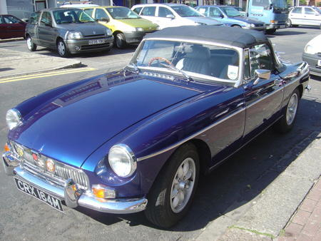 MGB ROADSTER 1972 Front