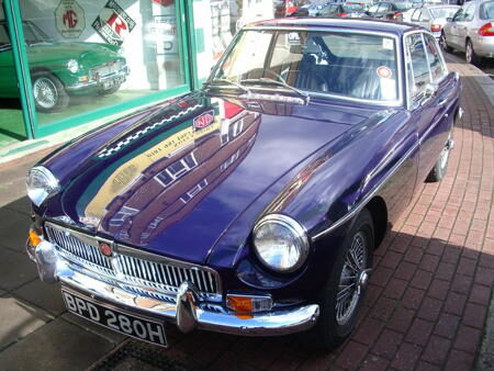 MGB GT 1970 Front
