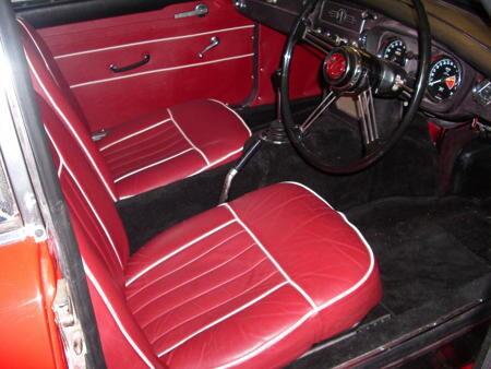 MGB GT 1967 Interior