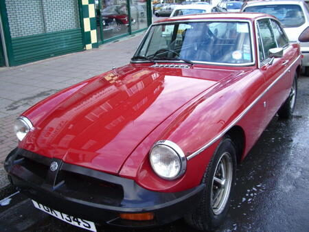 MGB GT 1977 Front
