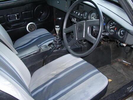MGB GT 1977 Interior