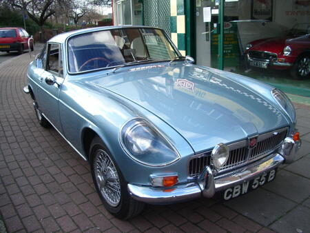 MGB COUNE BERLINETTE - 1964 Front
