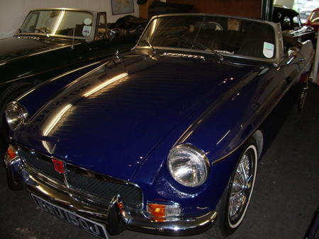 MGB ROADSTER,HERITAGE SHELL,1971 Front