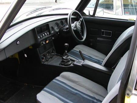 MGB GT 1979 Interior