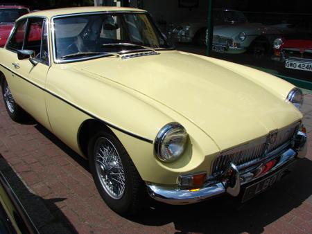 MGB GT MK1 1967 Front