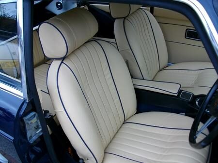 MGB GT 1972 Interior
