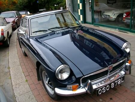 MGB GT 1972 Front
