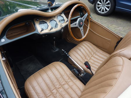 MG TF 1954 Interior