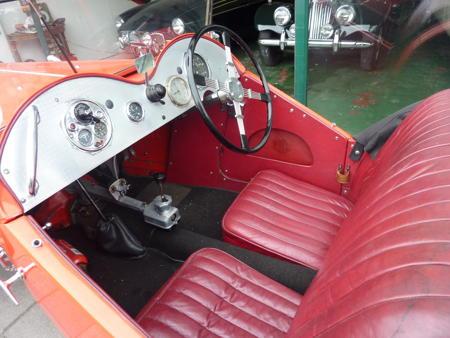 MG J2 - 1932 Front Interior