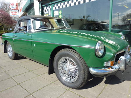 MGB Rare AUTOMATIC 1972 Front