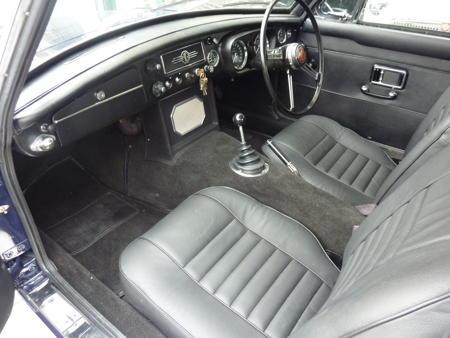 MGC GT 1970 Interior