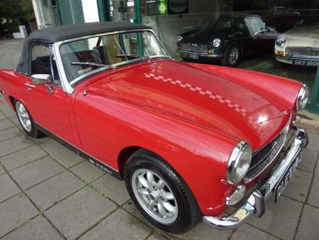 MG Midget 1971 Front