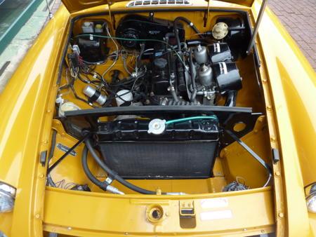 MGB GT 1972 Engine