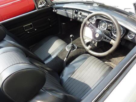 MGB - 1971 Interior