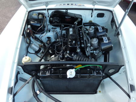 MGB GT 1971 Engine
