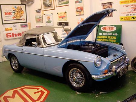 MGB 1965 Iris blue front