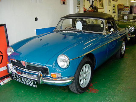 MGB 1973 Front