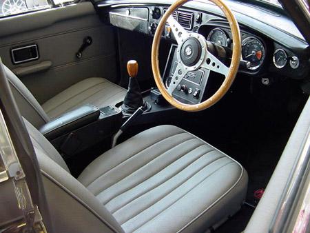 MGB GT 1973 Interior