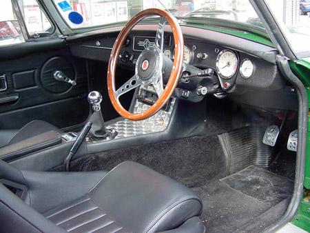 MG V8 Roadster 1977 interior