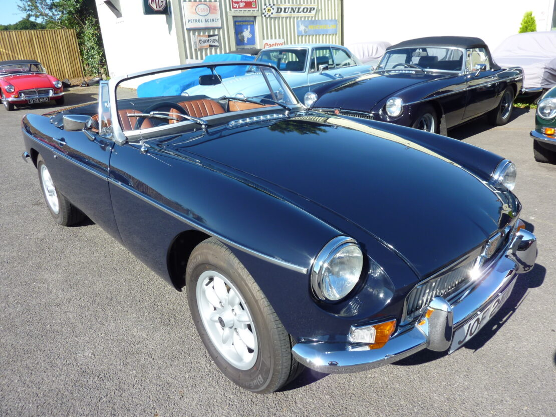 Mgb Roadster 1975 In Midnight Blue Former Glory